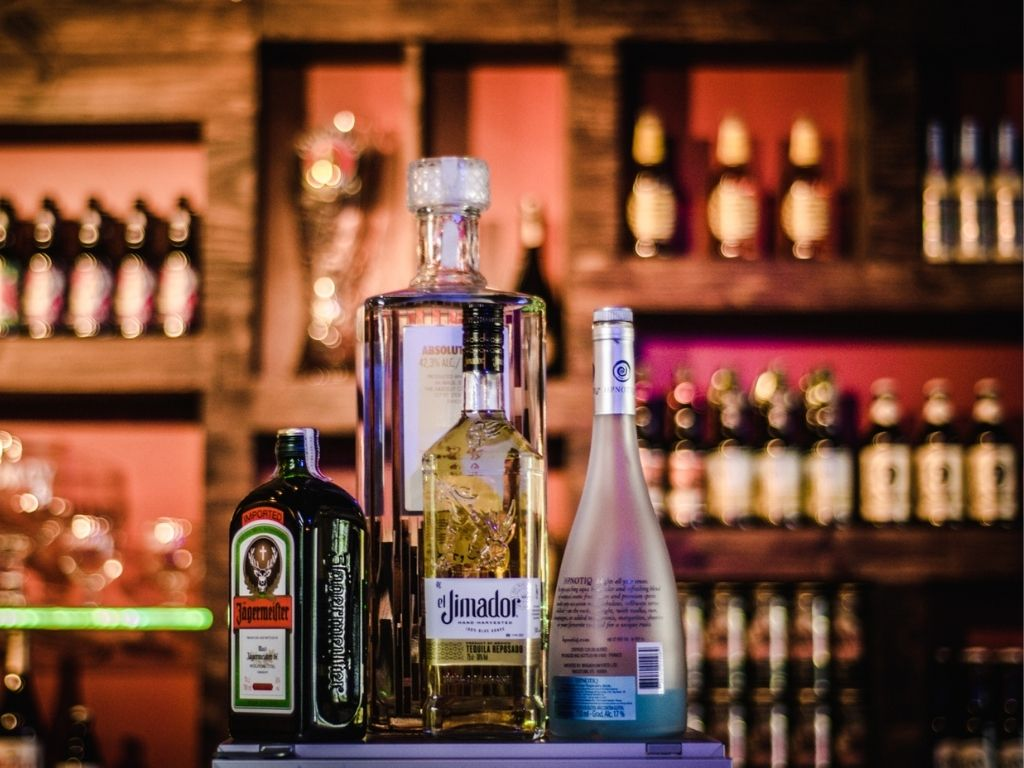 Can I drink Alcohol while losing weight?