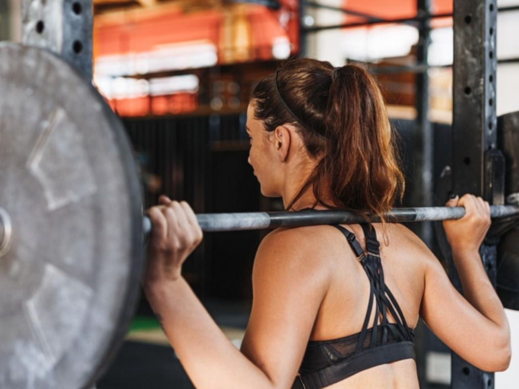 Should I Lift Weights to Lose Weight?